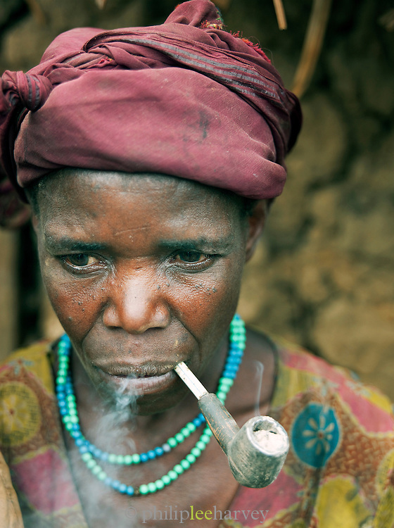A woman of a Batwa tribe. The Batwa are a pygmy people who were the oldest recorded inhabitants of the Great Lakes region of central Africa. South West Uganda