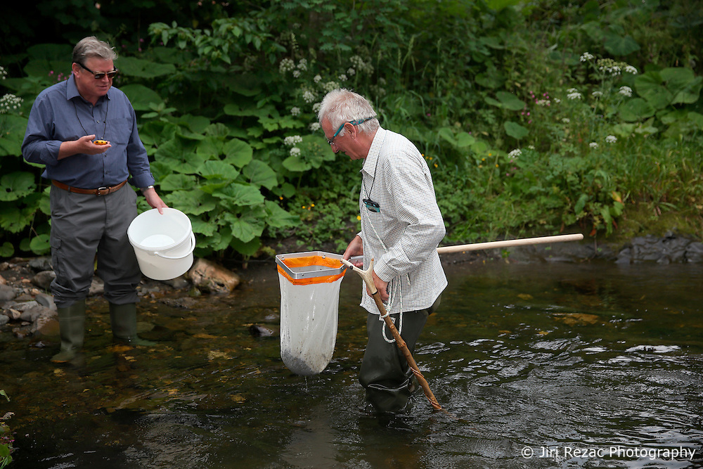 UK ENGLAND ENGLAND SHROPSHIRE LLANYBLODWEL 1JUL15 -  Anglers Robert Park and Des during monthly kick sampling in the river Tanat in Llanyblodwel, part of the river Severn catchment area.<br /> <br /> jre/Photo by Jiri Rezac / WWF UK<br /> <br /> © Jiri Rezac 2015