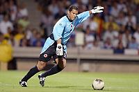 FOOTBALL - CONFEDERATIONS CUP 2003 - GROUP A - 030618 - FRANKRIKE v COLOMBIA - OSCAR CORDOBA (COL) - PHOTO JEAN MARIE HERVIO / DIGITALSPORT