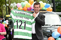 18/06/14  <br /> KELVIN WAY - GLASGOW<br /> Celtic managaer Ronny Deila is on hand at today's Glasgow Taxi Outing Fund