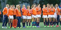 AMSTERDAM - Hockey - Nederlands team tijdens Shoot outs. .  Interland tussen de vrouwen van Nederland en Groot-Brittannië, in de Rabo Super Serie 2016 .  COPYRIGHT KOEN SUYK