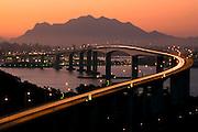 Vila Velha _ ES, 15/06/07...Conhecida como 3» Ponte, o elevado faz a ligacao das cidades de Vila Velha ^ Vitoria...FOTO: LEO DRUMOND / AGENCIA NITRO