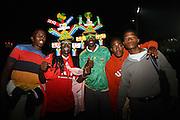 ©Jonathan Moscrop - LaPresse<br /> 07 06 2010 Moruleng ( Sud Africa )<br /> Sport Calcio<br /> Platinum Stars vs Inghilterra - Amichevole Mondiali di calcio Sud Africa 2010 - Moruleng<br /> Nella foto: tifosi dopo la partita<br /> <br /> ©Jonathan Moscrop - LaPresse<br /> 07 06 2010 Moruleng ( South Africa )<br /> Sport Soccer<br /> Platinum Stars versus England - Friendly match during the build up to the 2010 World Cup in South Africa - Moruleng<br /> In the Photo: fans pictured outside the stadium after the match