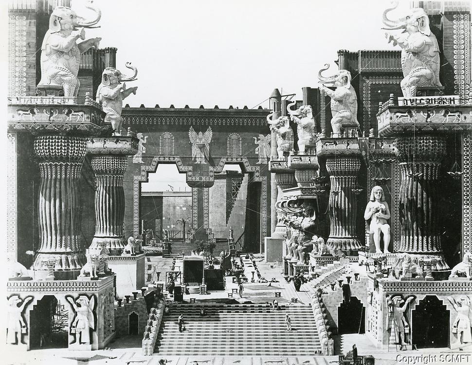 1916 Babylon set for the movie Intolerance at Fine Arts Studios