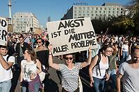 """13 OCT 2018, BERLIN/GERMANY:<br /> Demonstratin mit Plakat """"Angst ist die Mutter aller Probleme"""", Demonstration """"#unteilbar"""" - """"Solidaritaet statt Ausgrenzung - fuer eine offene und freie Gesellschaft"""", Gertraudenstrasse / Strasse des 17. Juni<br /> IMAGE: 20181013-01-018<br /> KEYWORDS: Demo"""