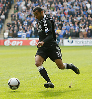 Photo: Steve Bond/Richard Lane Photography.<br />Coventry City v Chelsea. FA Cup 6th Round. 07/03/2009. Ashley Cole is given stick by the crowd