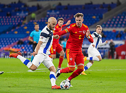 CARDIFF, WALES - Wednesday, November 18, 2020: Finland's Teemu Pukki (L) and Wales' Joe Rodon during the UEFA Nations League Group Stage League B Group 4 match between Wales and Finland at the Cardiff City Stadium. Wales won 3-1 and finished top of Group 4, winning promotion to League A. (Pic by David Rawcliffe/Propaganda)