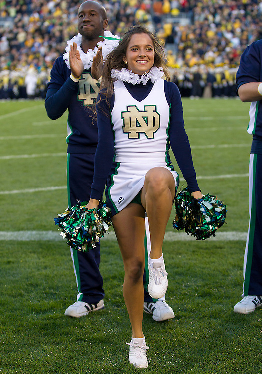 September 22, 2012:  Notre Dame cheerleader Erin Garfield performs during NCAA Football game action between the Notre Dame Fighting Irish and the Michigan Wolverines at Notre Dame Stadium in South Bend, Indiana.  Notre Dame defeated Michigan 13-6.