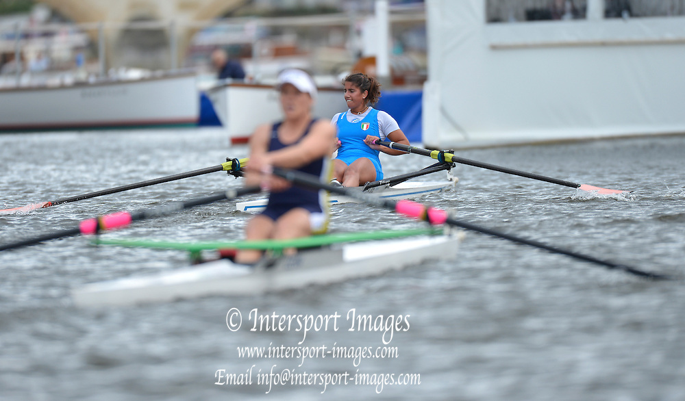 Henley, GREAT BRITAIN.  Princess Royal Challenge Cup. L. SCHIAVONE leads K. JOHNSON, during their Friday heat.  2012 Henley Royal Regatta. ..Friday  19:50:47  29/06/2012. [Mandatory Credit, Peter Spurrier/Intersport-images]...Rowing Courses, Henley Reach, Henley, ENGLAND . HRR.