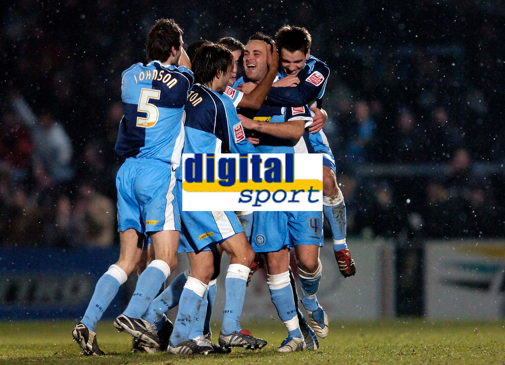 Photo. Richard Lane.<br />Wycombe Wanderers v Leyton Orient. Coca Cola League Two. 29/12/2005.<br />Wycombe celebrate Stefan Oakes'  goal.