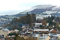 © Licensed to London News Pictures. 02/01/2021. Builth Wells, Powys, Wales, UK. After a freezing night with temperatures dropping to minus 3.5 deg C, Builth Wells in Powys, Wales, UK. gets a dusting of snow. Photo credit: Graham M. Lawrence/LNP