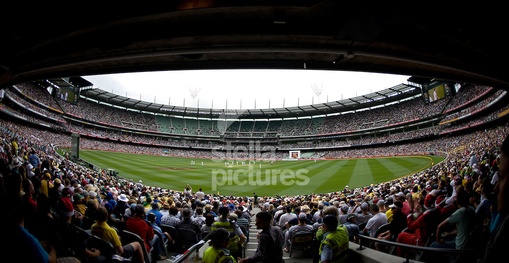 Picture by Daniel Hambury. .26/12/10..A general view showing play under way at the boxing day test at the Melbourne Cricket Ground, know as the MCG, Melbourne, Australia