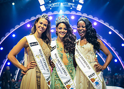 SUN Sun City (SOUTH AFRICA), March 26, 2017  The first prize winner Demi-Leigh Nel-Peters (C), the first runner-up Ade van Heerden (L) and the second runner-up Boipelo Mabe pose for photos during the?Miss?South?Africa?2017 Pageant and Celebration in Sun City, North West Province,?South?Africa, on March 26, 2017. The?Miss?South?Africa?2017 Pageant and Celebration was held here Sunday. Demi-Leigh Nel-Peters from Sedgefield in the Western Cape Province, a 21-year-old part-time model, was crowned?Miss?South?Africa?2017 with a prize of one million rand (about 80,000 US dollars), and the runners-up are Ade van Heerden (1st Princess) from the Western Cape Province and Boipelo Mabe (2nd Princess) from Gauteng Province. (Credit Image: © Zhai Jianlan/Xinhua via ZUMA Wire)