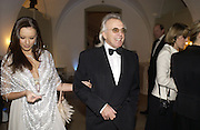 Bella Wright and Peter Stringfellow, The Leader's Dinner ( Michael Howard's ) Banqueting House. Whitehall. London.  November 2005. ONE TIME USE ONLY - DO NOT ARCHIVE  © Copyright Photograph by Dafydd Jones 66 Stockwell Park Rd. London SW9 0DA Tel 020 7733 0108 www.dafjones.com