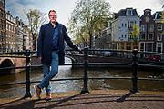 Arthur Brand  (Deventer, 1969) portret in het centrum van Amsterdam. Arthur Brand is een Nederlandse  kunstdetective, schrijver en televisiemaker. Amsterdam, Nederland, 15 april 2019.<br /> Arthur Brand (Deventer, Holland, 1969) portrait in the center of Amsterdam. Arthur Brand is a Dutch art detective, writer and television maker. Amsterdam, the Netherlands, April 15, 2019.