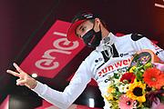Foto Massimo Paolone/LaPresse <br /> 22 ottobre 2020 Italia<br /> Sport Ciclismo<br /> Giro d'Italia 2020 - edizione 103 - Tappa 18 - Da Pinzolo a Laghi di Cancano (Parco Nazionale Stelvio) (km 207)<br /> Nella foto: HINDLEY Jai TEAM SUNWEB vincitore di tappa<br /> Photo Massimo Paolone/LaPresse<br /> October 22, 2020  Italy  <br /> Sport Cycling<br /> Giro d'Italia 2020 - 103th edition - Stage 18 - From Pinzolo to Laghi di Cancano (Parco Nazionale Stelvio)<br /> In the pic: HINDLEY Jai TEAM SUNWEB winner of the stage