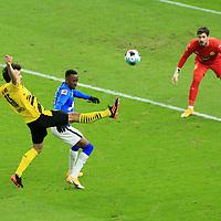 21.11.2020, OLympiastadion, Berlin, GER, DFL, 1.FBL, Hertha BSC VS. Borussia Dortmund, <br /> DFL  regulations prohibit any use of photographs as image sequences and/or quasi-video<br /> im Bild Dodi Lukebakio (Hertha BSC Berlin #11),<br /> Mats Hummels (Borussia Dortmund #15), Roman Buerki (Borussia Dortmund #1)<br /> <br />       <br /> Foto © nordphoto / Engler
