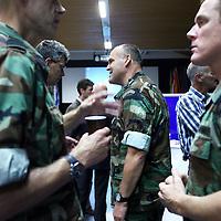 Nederland, Doorn , 26 septembre 2013.<br /> Veteranendag op militaire basis in Doorn.<br /> Karl Marlantes, Vietnam veteraan en schrijver ontmoet Nederlandse veteranen van de oorlog in Afghanistan. <br /> Veterans day at militairy base in Doorn.<br /> KarlMarlantes Vietnam veteran and writer meets veterans de la guerre d'Afghanistan.<br /> Karl Marlantes (born December 24, 1944) is an American author, businessman, and decorated Marine veteran.<br /> He is the author of Matterhorn: A Novel of the Vietnam War<br /> <br /> Foto:Jean-Pierre Jans