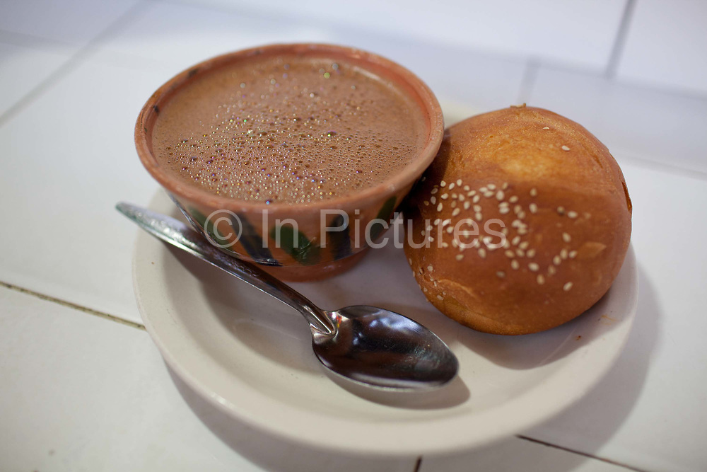 Hot chocolate / Chocolate Quente is another Oaxacan food speciality, served with a bread roll, it resembles a soup more than a hot drink. Oaxaca is known throughout Mexico and internationally for it's great food. Seen as a centre for Mexican cuisine, among other regional specialities the dish the area is best known for is called Mole.