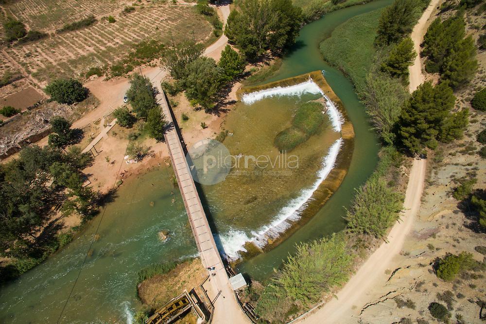 Río Cabriel. Casas del Río. Requena. Valencia. Fotografía aérea con drone. ©AntonioReal Hurtado / PILAR REVILLA