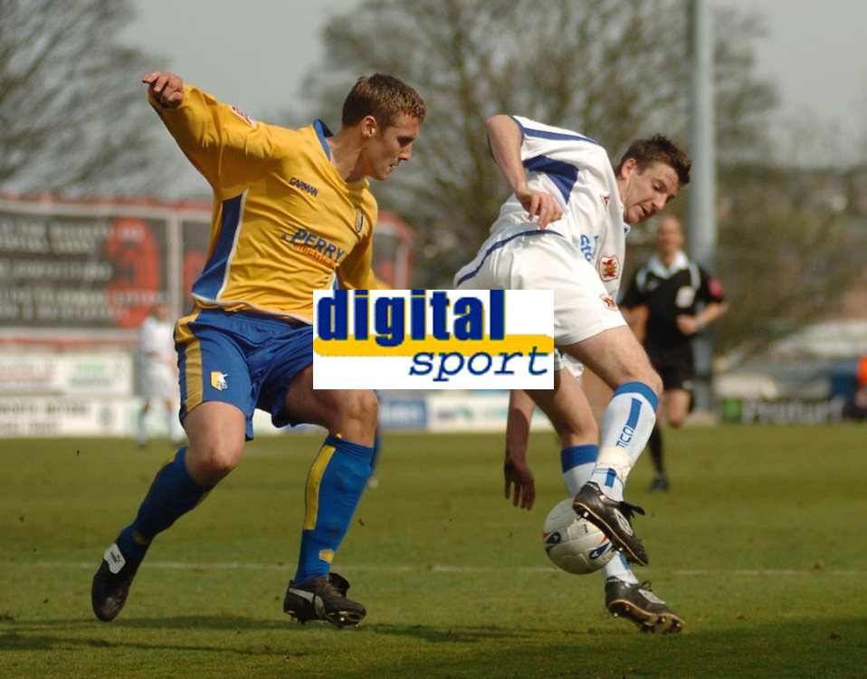 Photo: Leigh Quinnell.<br /> Mansfield Town v Carlisle United. Coca Cola League 2. 22/04/2006. Carlises Michael Bridges looks for a way past Mansfields Rhys Day.