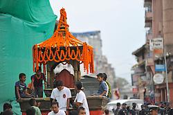 September 15, 2016 - Kathmandu, Nepal - Kid Playing on a chariot of deity on the third day of Indra Jatra Festival celebrated at Basantapur Durbar Square, Kathmandu. Devotees celebrated the god of rain 'Indra' for 8 days in Kathmandu. (Credit Image: © Narayan Maharjan/Pacific Press via ZUMA Wire)