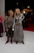 Polly Devlin and her daughter Bay Garnett. The Moet & Chandon Fashion Tribute 2005 to Matthew Williamson,  Old Billingsgate market, London. 16th February 2005. ONE TIME USE ONLY - DO NOT ARCHIVE  © Copyright Photograph by Dafydd Jones 66 Stockwell Park Rd. London SW9 0DA Tel 020 7733 0108 www.dafjones.com