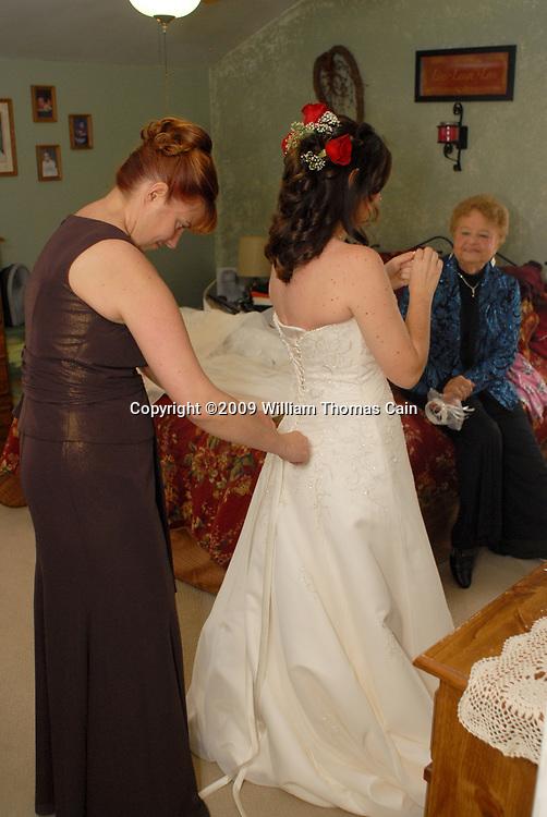10/24/09 - 11:18:12 AM - BRIDGEPORT, PA: Jessica & Scott - October 24, 2009 (Photo by William Thomas Cain/cainimages.com)
