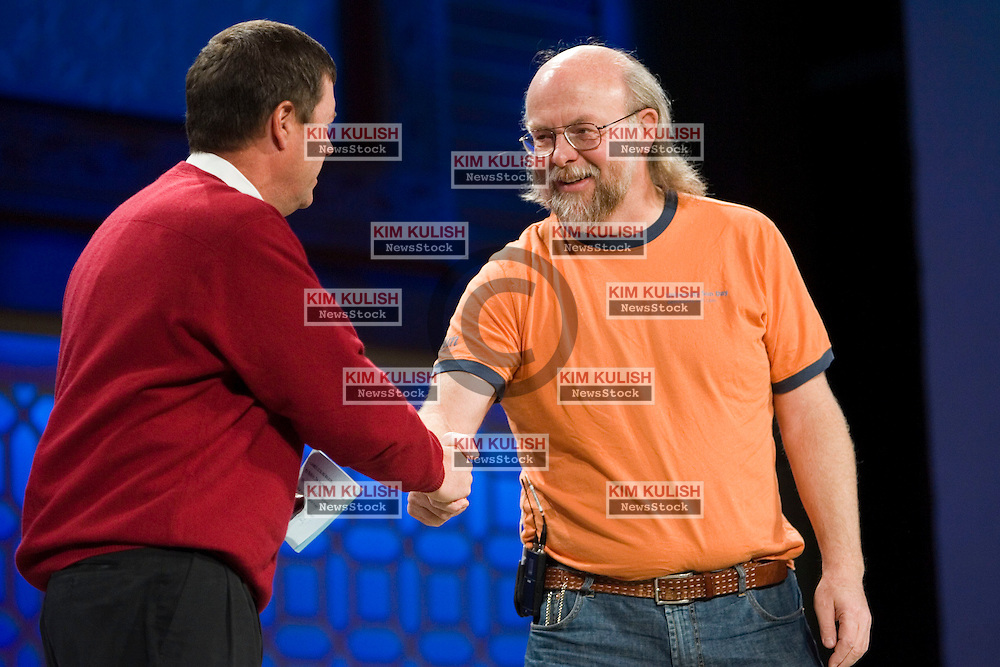 Vice President and Sun Microsystems Fellow James Gosling speaks with Sun CEO Scott McNealy at the 2006 RSA Conference February 14, 2006 in San Jose, California.  Photo by Kim Kulish
