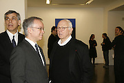 John Silberman and Ellsworth Kelly, Ellsworth Kelly exhibition opening. Serpentine Gallery and afterwards at the River Cafe. London. 17 March 2006. ONE TIME USE ONLY - DO NOT ARCHIVE  © Copyright Photograph by Dafydd Jones 66 Stockwell Park Rd. London SW9 0DA Tel 020 7733 0108 www.dafjones.com
