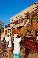 Emirats Arabes Unis, Dubai, quartier de Bur Dubai, quartier historique de Shindagha, maquette du dechargement d un boutre // United Arab Emirates, Dubai, Bur Dubai neighbourhood, Shindagha heritage area