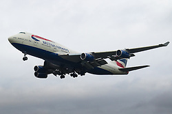 London Heathrow, January 24th 2016 British Airways Boeing 747-400 G-BNLV lands at London Heathrow. ///FOR LICENCING CONTACT: paul@pauldaveycreative.co.uk TEL:+44 (0) 7966 016 296 or +44 (0) 20 8969 6875. ©2016 Paul R Davey. All rights reserved.