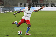 Fussball: 2. Bundesliga, FC St. Pauli - Hamburger SV, Hamburg, 01.03.2021<br /> Bakery Jatta (HSV)<br /> © Torsten Helmke
