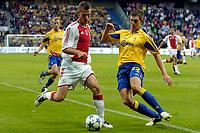 Fotball<br /> Nederland<br /> Foto: ProShots/Digitalsport<br /> NORWAY ONLY<br /> <br /> Brøndby IF - Ajax , 10-08-2005 , UEFA Champions League Qualification , Markus Rosenberg in duel met Daniel Agger