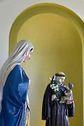 Nederland, Winssen, 22-4-2016Kapel met beelden van Maria en de heilige St. Antonius in de kerk .FOTO: FLIP FRANSSEN