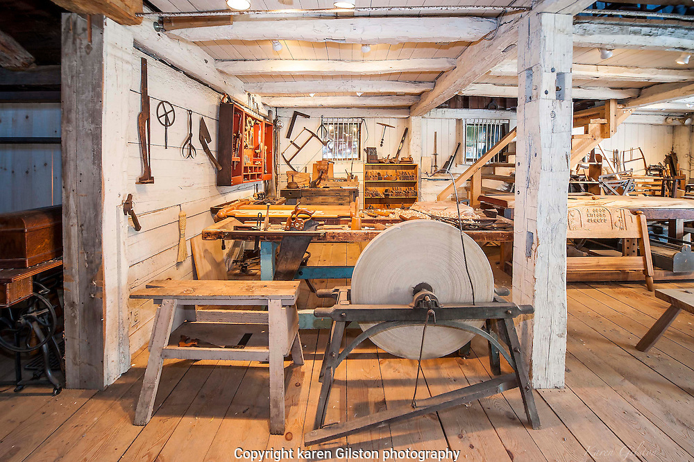 Phelps Tavern