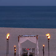 Romantic dinner set up by the beach. Los cabos, BCS