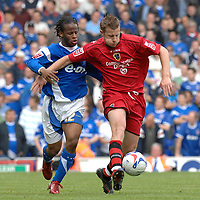 Photo: Ashley Pickering.<br /> Ipswich Town v Cardiff City. Coca Cola Championship. 06/05/2007.<br /> Paul Parry of Cardiff (R) holds off Jaime Peters of Ipswich