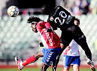 Fotball<br /> Adeccoligaen <br /> Bislett  Stadion 04.05.10<br /> Lyn - Sogndal<br /> Sognekraft , Aye Aye Elvis over Daniel Chima<br /> Foto: Eirik Førde