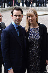 Jimmy Carr und Karoline Copping  beim Gedenkgottesdienst f¸r Terry Wogan im Westminster Abbey in London / 270916<br /> <br /> ***Memorial service for Terry Wogan at Westminster in London, September 27th, 2016***