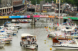 © Licensed to London News Pictures. 27/07/2013. Bristol, UK.  The Bristol Harbour Festival 2013, sponsored by GE.  27 July 2013.<br /> Photo credit : Simon Chapman/LNP