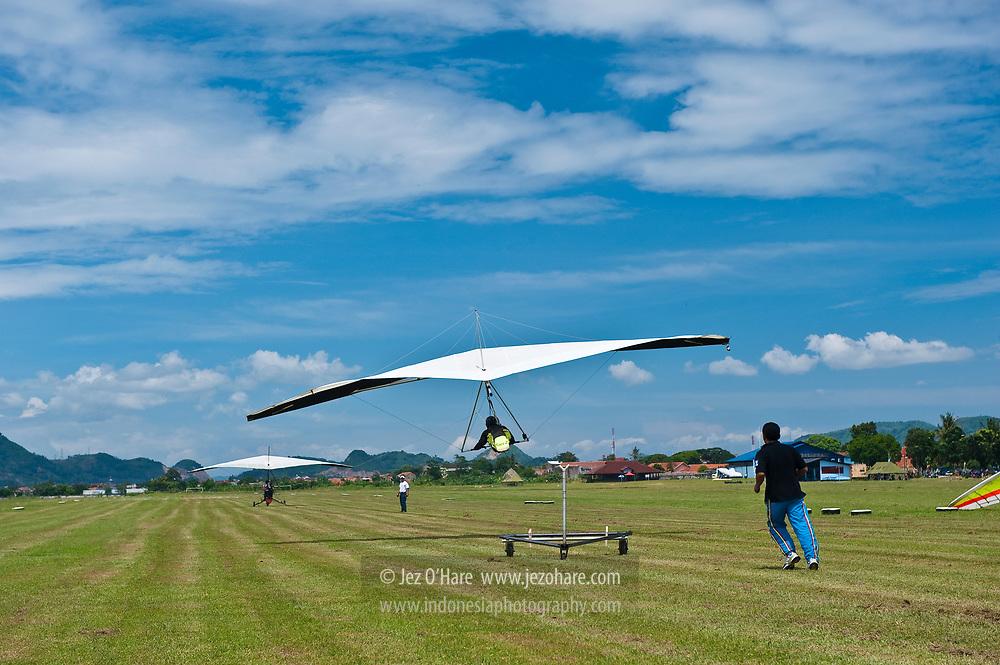 Aero towing hang gliders at Lanud Sulaiman, Bandung, Indonesia.