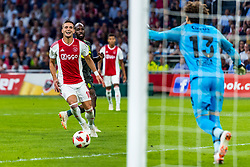 14-08-2018 NED: Champions League AFC Ajax - Standard de Liege, Amsterdam<br /> Third Qualifying Round,  3-0 victory Ajax during the UEFA Champions League match between Ajax v Standard Luik at the Johan Cruijff Arena / Dusan Tadic #10 of Ajax