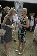 Arabella Tobias and Jenni Falconer, Veuve Clicquot Gold Cup 2006. Final day. 23 July 2006. ONE TIME USE ONLY - DO NOT ARCHIVE  © Copyright Photograph by Dafydd Jones 66 Stockwell Park Rd. London SW9 0DA Tel 020 7733 0108 www.dafjones.com