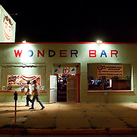(DAYIN) Asbury Park 8/13/2004 Two patrons leave the Wonder Bar after listening to singer Chrissie Santori who performed at the bar.   Michael J. Treola Staff Photographer......MJT