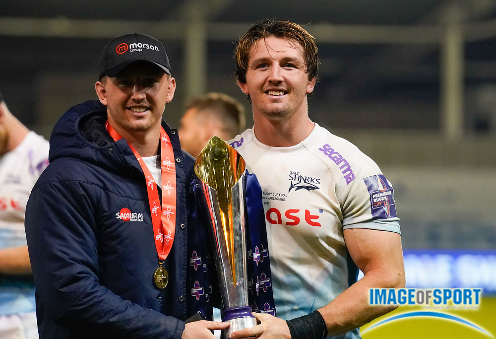 Sale Sharks Tom Curry and twin brother Ben Curry pose with the trophy after their 27-19 victory in The Premiership Rugby Cup Final at The AJ Bell Stadium, Eccles, Greater Manchester, United Kingdom, Monday, September 21, 2020. (Steve Flynn/Image of Sport)