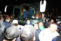 BILDET INNGÅR IKKE I FASTAVTALENE PÅ NETT<br /> <br /> Fotball<br /> Tyrkia<br /> Foto: imago/Digitalsport<br /> NORWAY ONLY<br /> <br /> Fenerbahce football team s bus was shooted on the way to Trabzon Airport after Caykur Rizespor game. According to the news received from the Police Department the bus was shooted by a pump riffle and the bus windows were broken. The bus driver got injured and about the loose the control of the bus, the security of the team stopped the bus and took control. 04.04.2015.