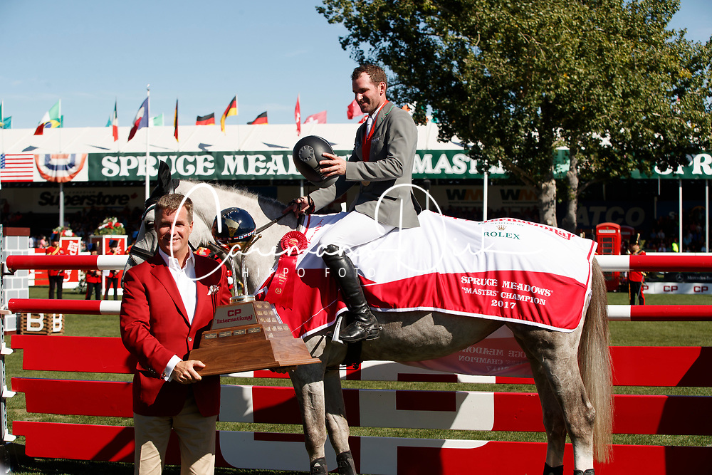 Weishaupt Philipp, GER, LB Convall<br /> Spruce Meadows Masters - Calgary 2017<br /> © Hippo Foto - Dirk Caremans<br /> 10/09/2017, Weishaupt Philipp, GER, Keith Creel,<br /> President & Chief Executive Officer CP<br /> Spruce Meadows Masters - Calgary 2017<br /> © Hippo Foto - Dirk Caremans<br /> 10/09/2017