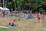 Węgorzewo, 2005-07-08. Plaża nad jeziorem Święcajty