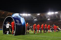 Roma and Liverpool players walk out before kick off - Mandatory by-line: Matt McNulty/JMP - 02/05/2018 - FOOTBALL - Stadio Olimpico - Rome,  - Roma v Liverpool - UEFA Champions League Semi Final, 2nd Leg